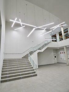 Escaleras. Polideportivo de Navarrete.